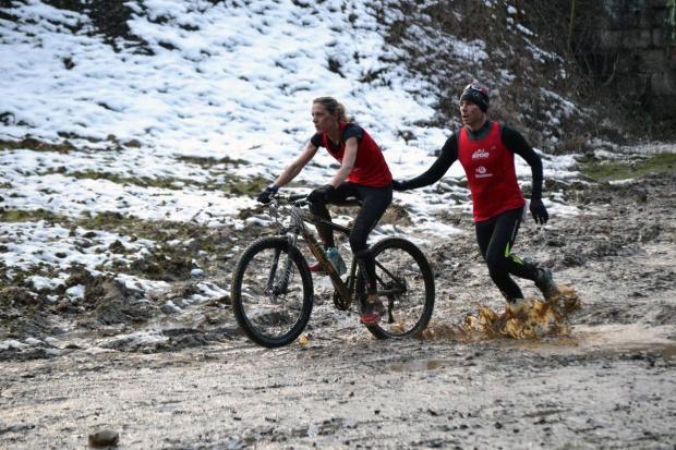 Valérie et Manu Gochard, son compagnon et entraîneur